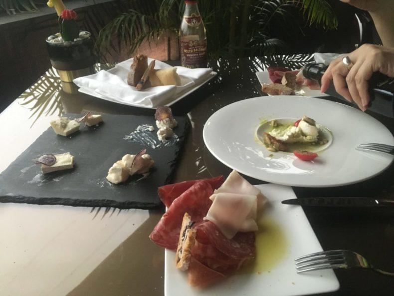 イタリア,ミラノ,駅前,グルメ,レストラン,おすすめ
