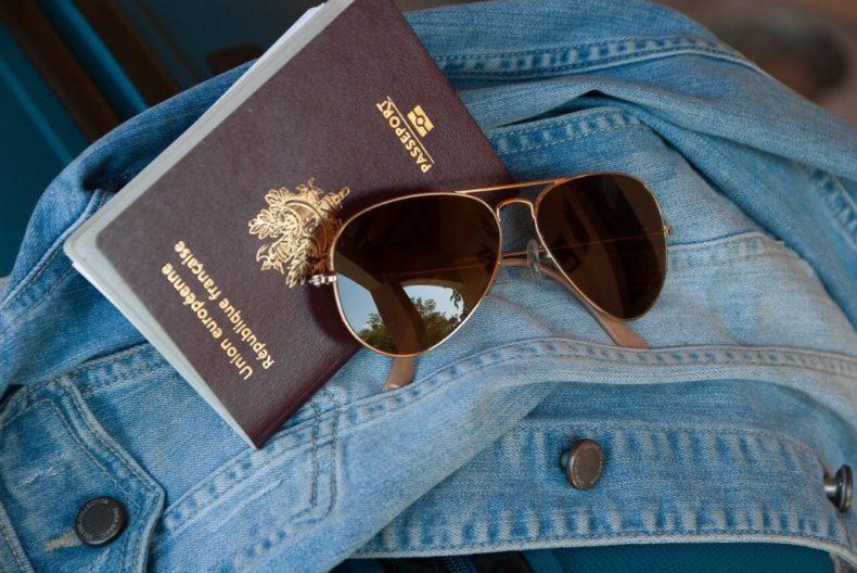 パスポートケース,パスポートカバー,オススメ,海外旅行,デザイン,赤富士
