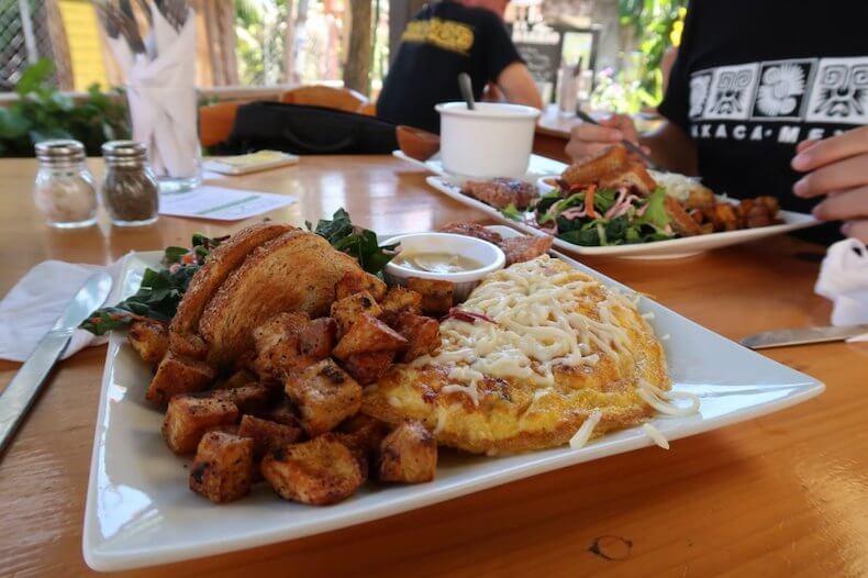 グアテマラ,サンペドロ・ラグーナ,レストラン,朝食,グルメ