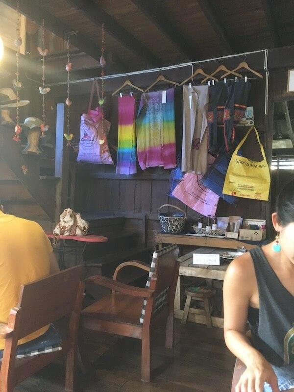 タイ,チェンマイ,カフェ,スイーツ,スムージー