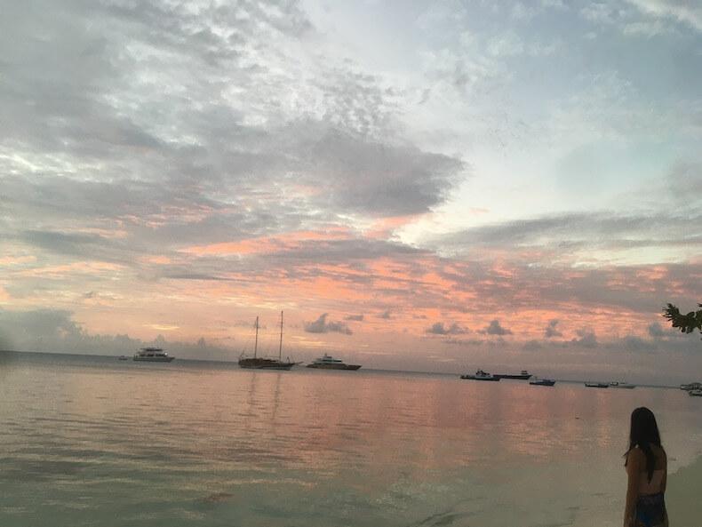モルディブ,ダンゲッティ島,リゾート