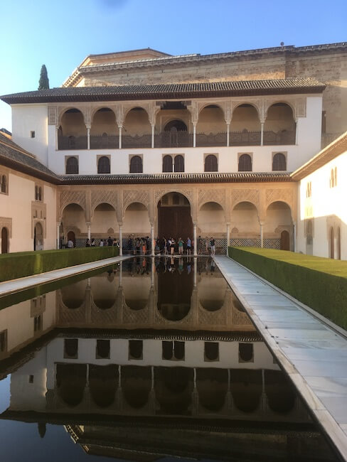 アルハンブラ宮殿,グラナダ,世界遺産,イスラム文化,モスク,教会